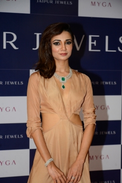 Ira Dubey at Jaipur Jewels Myga Collection Launch
